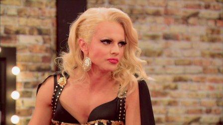 Watch Drag Queens of Talk. Episode 9 of Season 6.